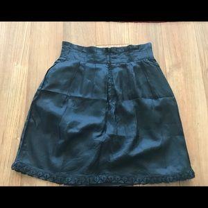 Black pleated skirt (see by Chloe)